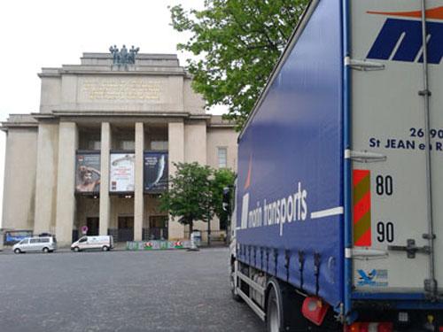 Tautliner pour le transport de marchandises